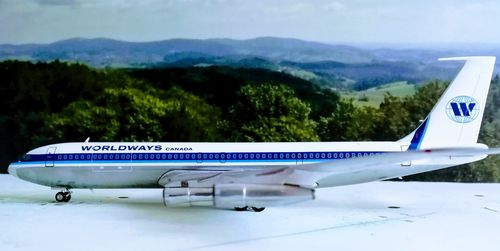 Inflight200 1/200 WORLDWAYS CANADA B707-300 C-GGAB & Herpa Wings Katalog