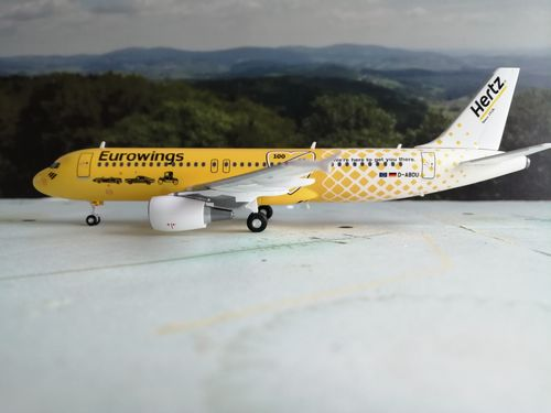 "559904	Eurowings Airbus A320 ""Hertz 100 Jahre"""
