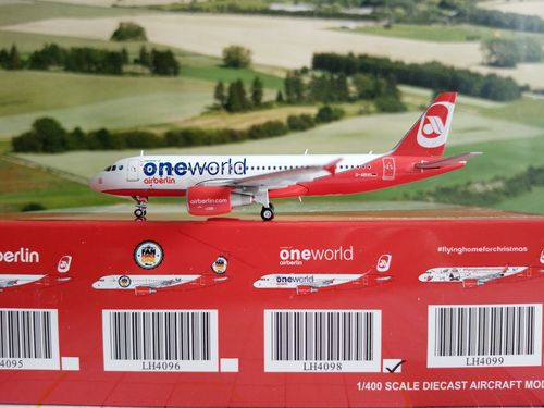 JC-Wings JCLH4098 1/400 AIR BERLIN A320 ONEWORLD D-ABHO & Herpa Wings Katalog