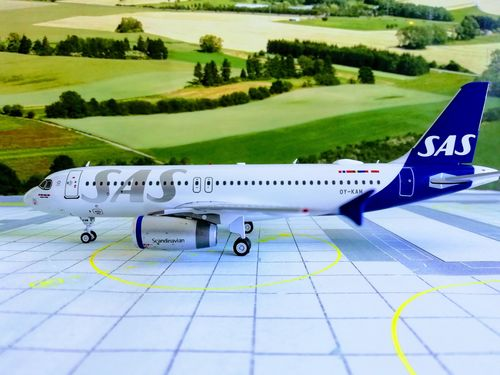 1/200 A320-232 SCANDINAVIAN AIRLINES - SAS OY-KAM LIMITED 80PCS