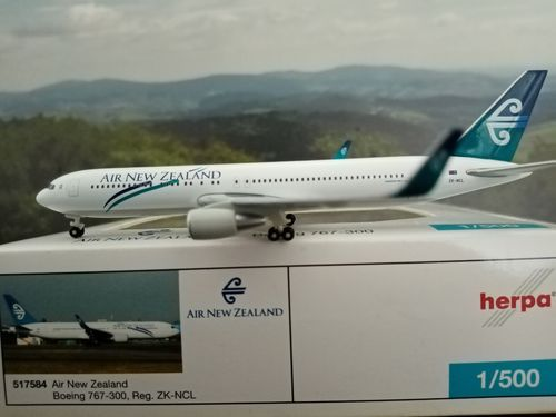 517584 1:500 Herpa Wings Air New Zealand Boeing 767-300 mit Winglets SELTEN
