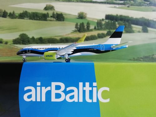 JC-Wings 1:400 JCLH4158 - 1/400 AIR BALTIC AIRBUS A220-300 (ESTONIAN FLAG LIVERY)  YL-CSJ